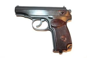Пистолет  МР-654К-32 (Ушастая скоба на 1953г )