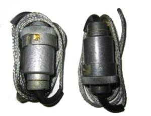 Адаптер для батареи  АА  прицела ПСО -1 в зимний периуд.